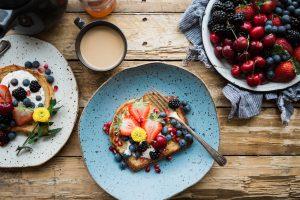 Pancake mit Obst, zuckerfrei